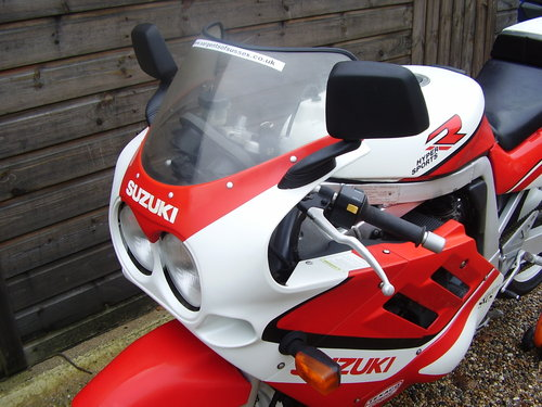 1989 Suzuki GSX-R 750-J 'Slingshot' (UK bike, Restored 2015) For Sale (picture 6 of 6)
