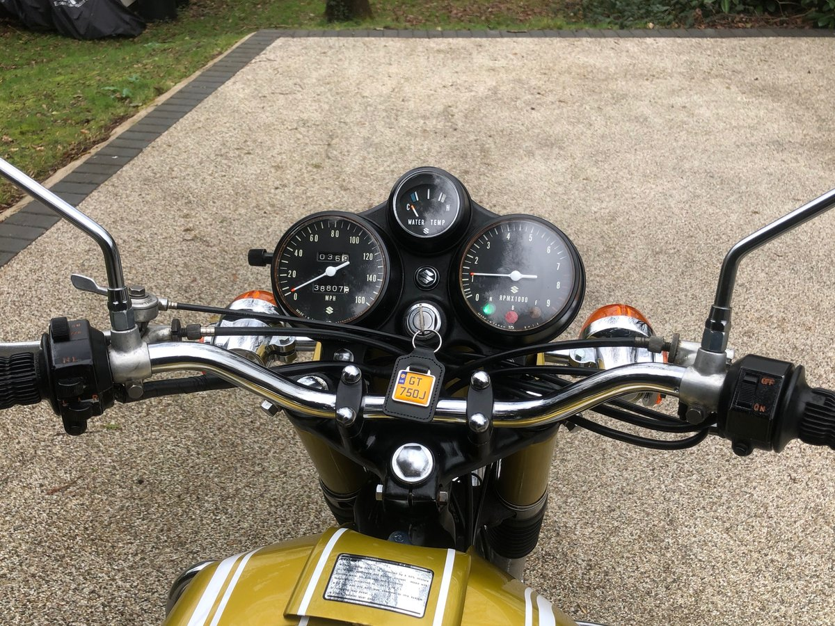 GT750J 1972  SOLD (picture 5 of 6)