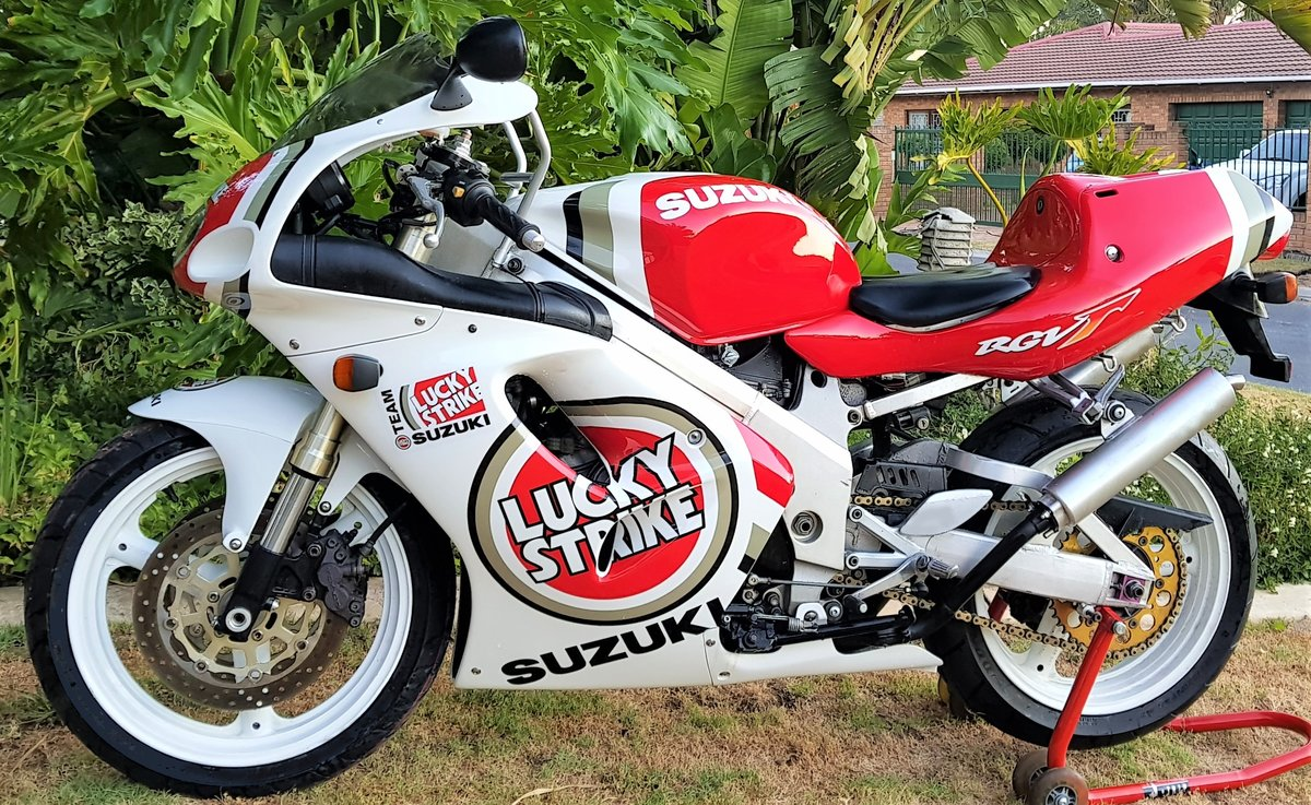 1996 LUCKY STRIKE! SUZUKI RGV250SP VJ23. FULL POWER! For Sale (picture 2 of 6)