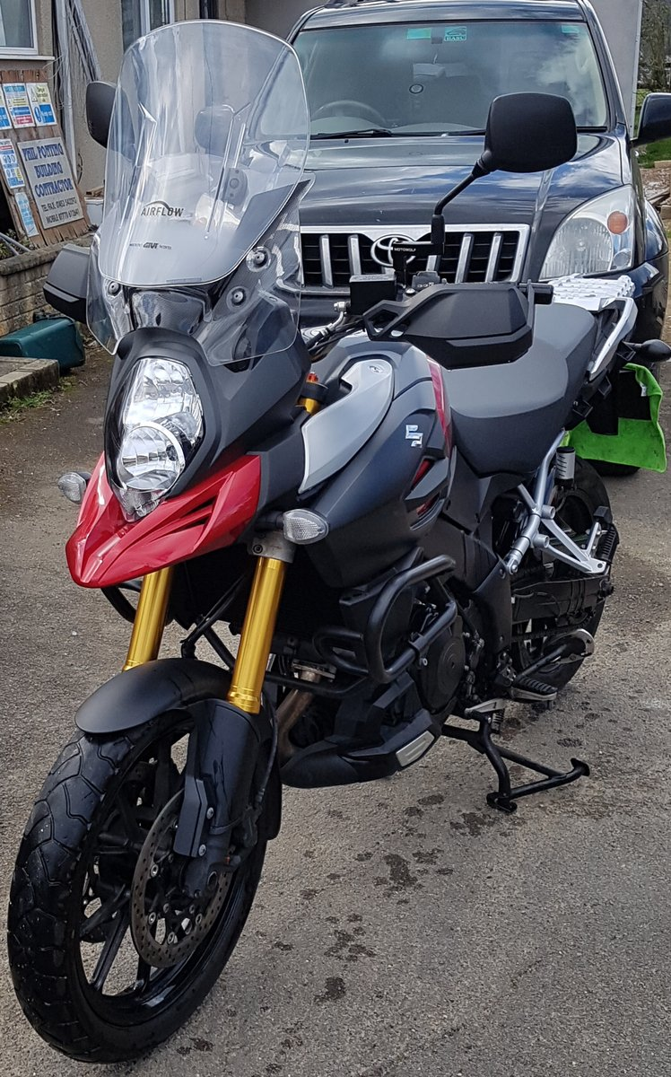Suzuki V-Strom DL1000 2014. Only 4500 miles For Sale (picture 2 of 4)