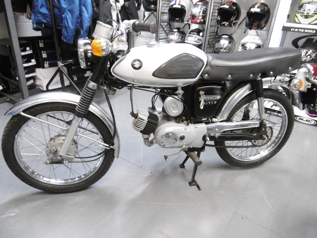 1970 Suzuki AS50 . Stunning original Moped  Rare  SOLD (picture 2 of 6)