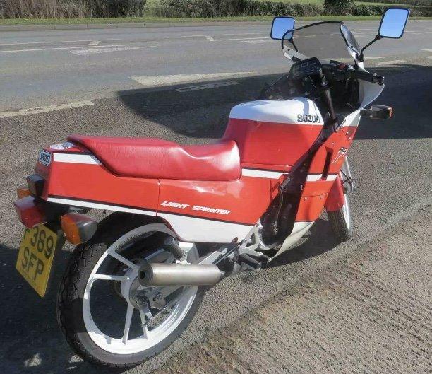 1989 Classic Suzuki RG125 For Sale (picture 6 of 6)