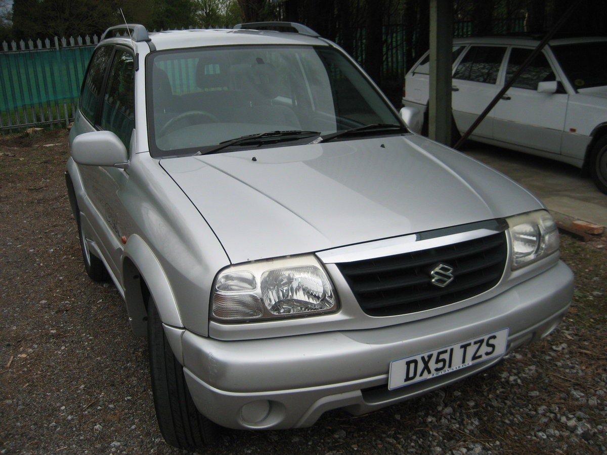 2001 Suzuki Grand Vitara 3 door SE SOLD (picture 1 of 6)
