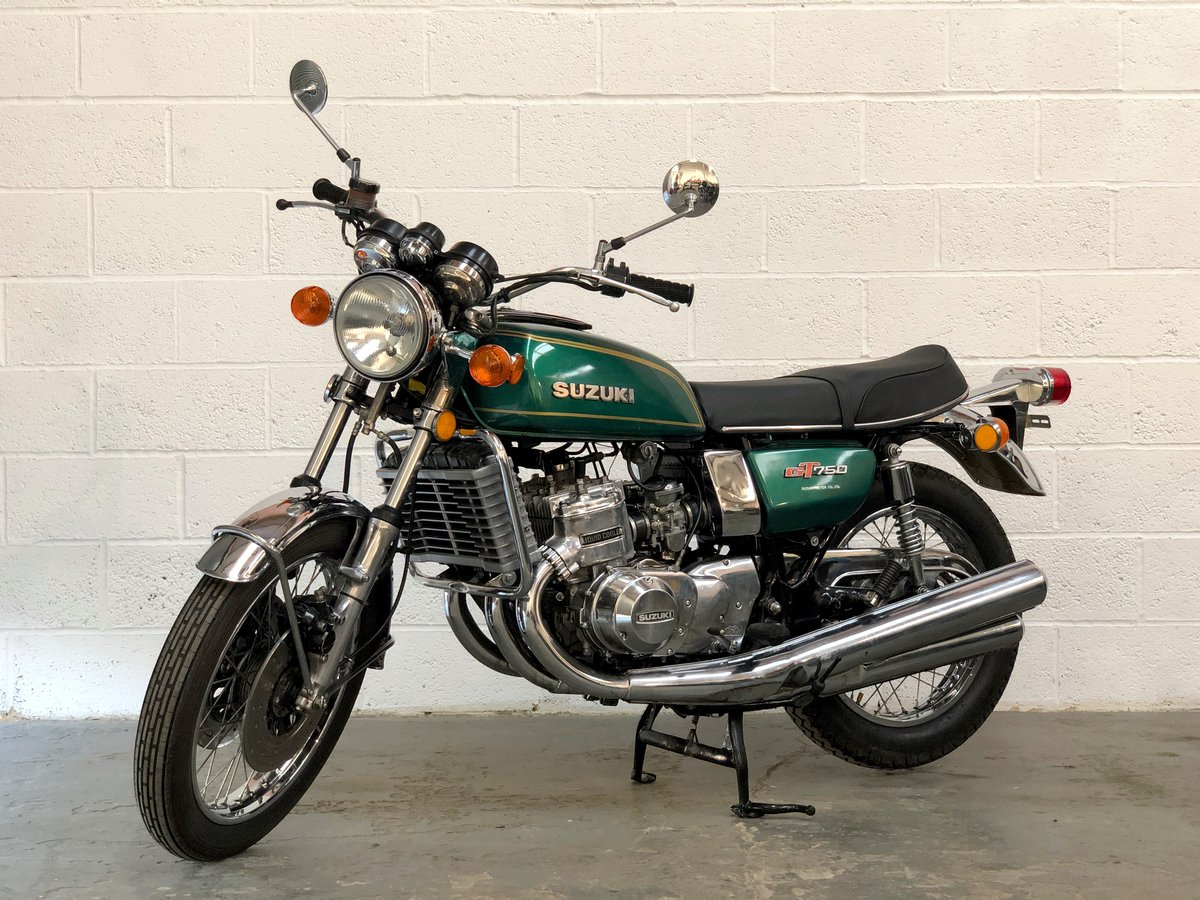 Suzuki GT 750 1974 Restored In Green SOLD (picture 2 of 6)