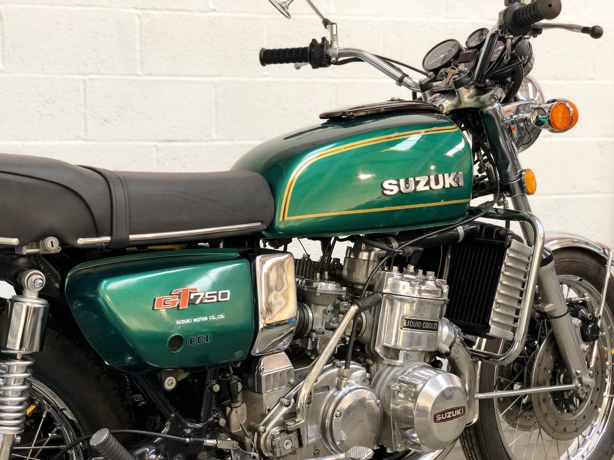 Suzuki GT 750 1974 Restored In Green SOLD (picture 5 of 6)