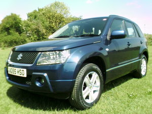 2006 suzuki grand vitara 2.0 16v finished in cats eye blue
