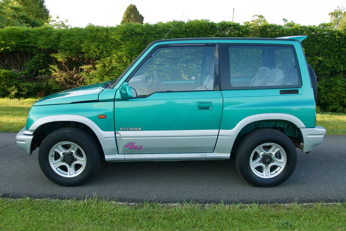 1998 Suzuki Vitara 17k miles One Lady Owner For Sale (picture 4 of 6)