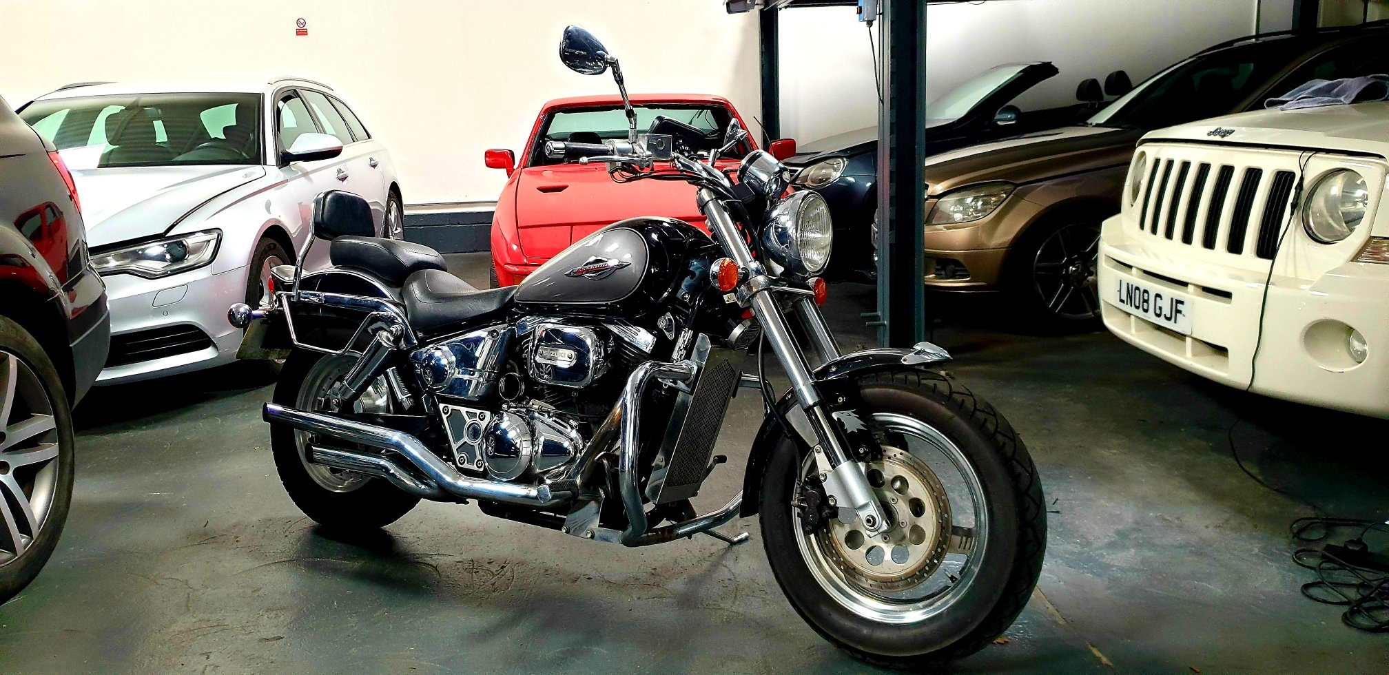 1999 SUZUKI VZ800 MARAUDER ONE OFF CUSTOM !!! For Sale (picture 1 of 6)