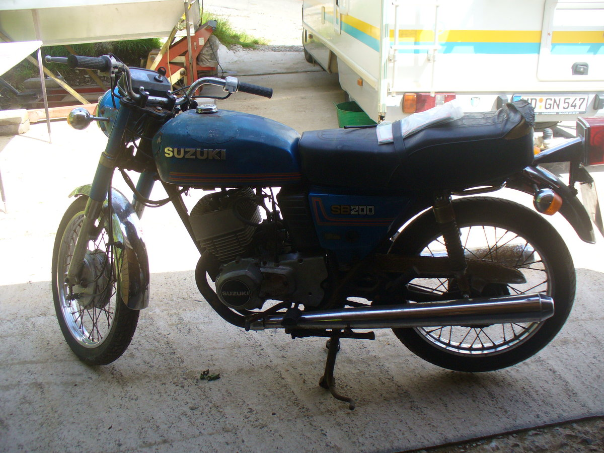 1981 Suzuki sb200,yamaha rd project barn find twinshock For Sale (picture 2 of 6)