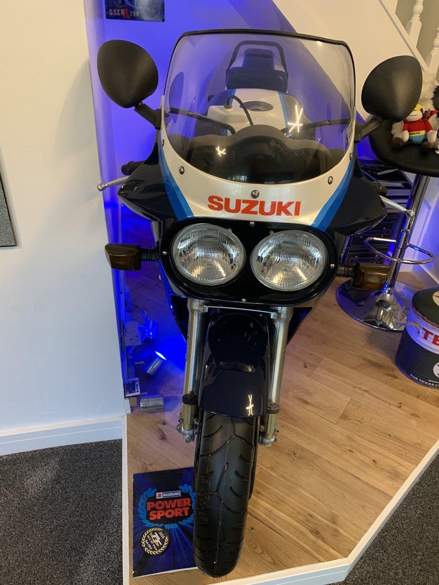 1985 Suzuki GSXR750 G For Sale (picture 2 of 6)