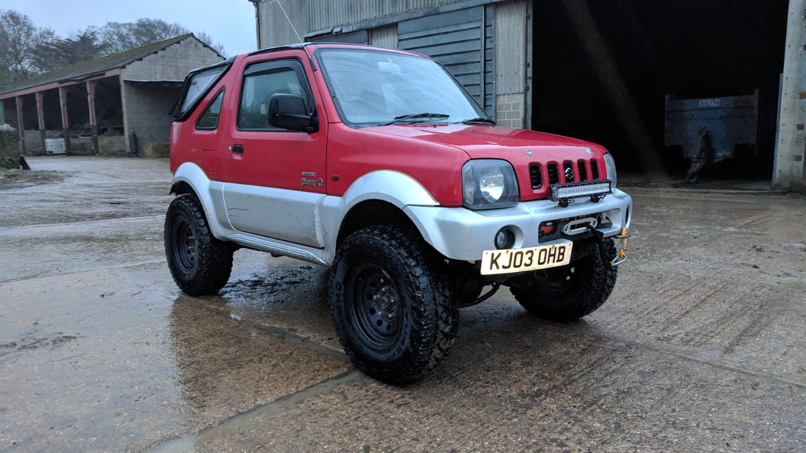 Suzuki Jimny 2003 Gloss Red Leather Trim For Sale (picture 1 of 6)
