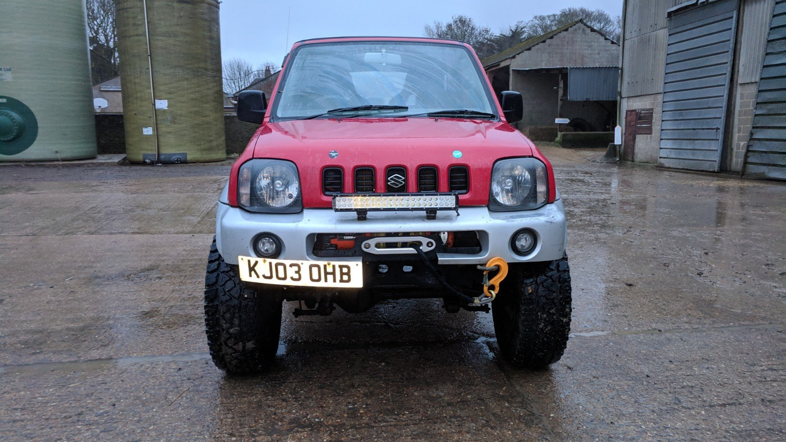 Suzuki Jimny 2003 Gloss Red Leather Trim For Sale (picture 4 of 6)