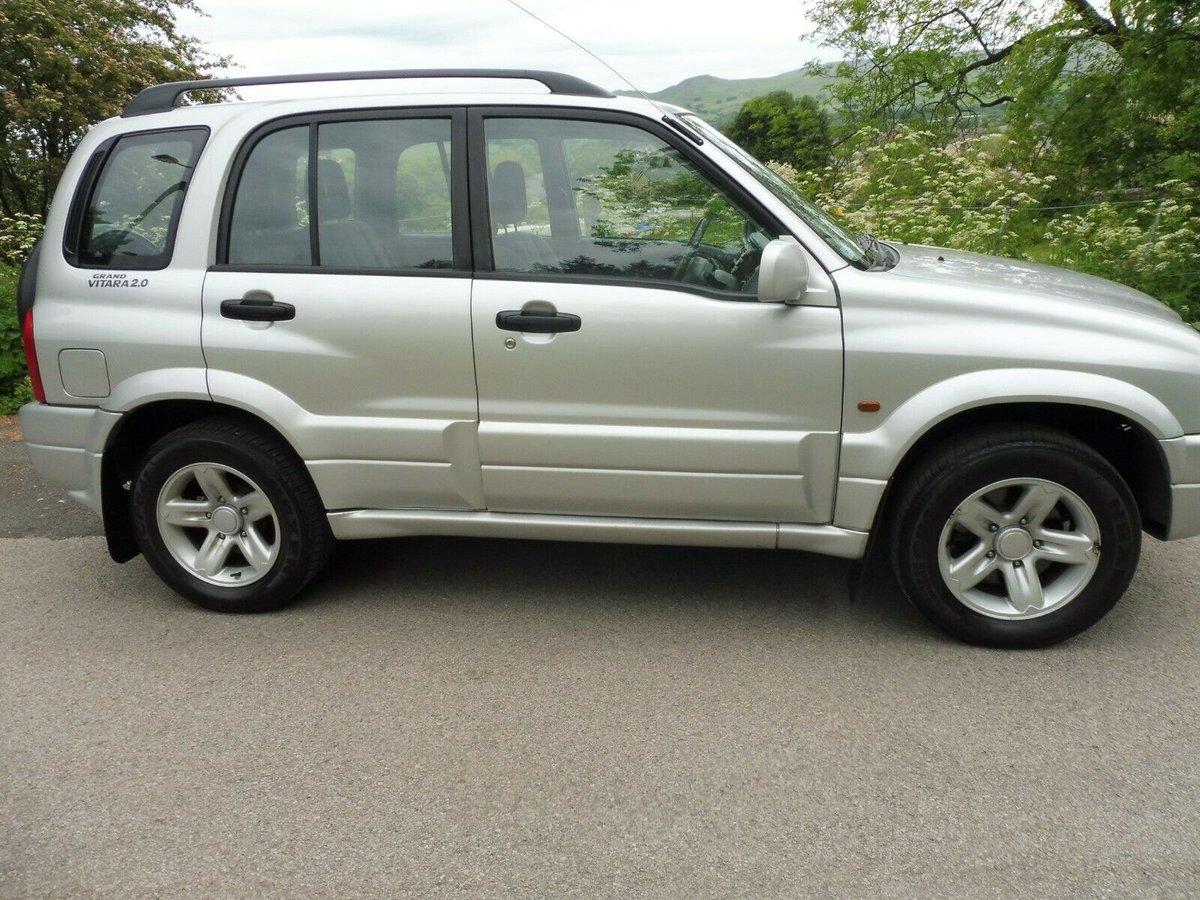 2002 SUZUKI GRAND VITARA FIVE DOOR 2 LTR PETROL 4X4 For Sale (picture 1 of 6)