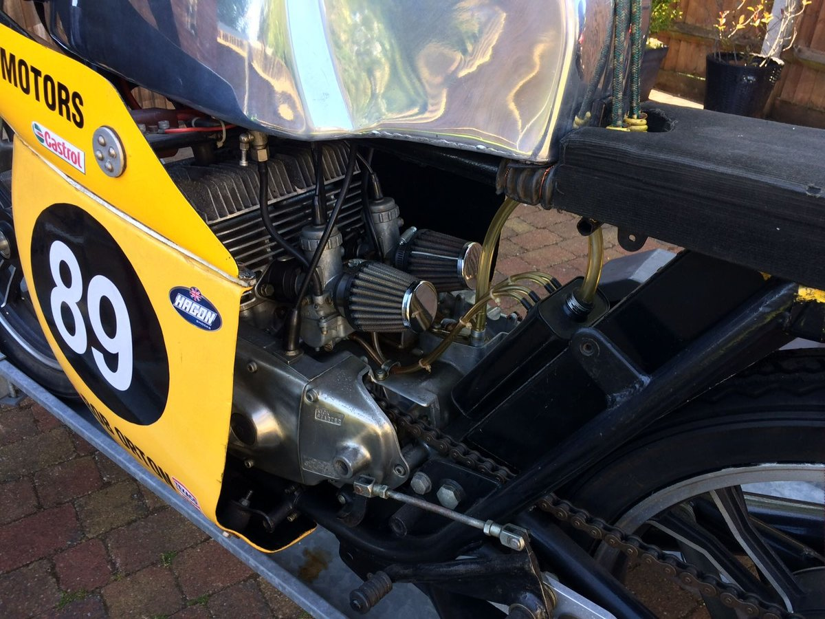 1973 SUZUKI GT 250 classic racer  For Sale (picture 3 of 3)