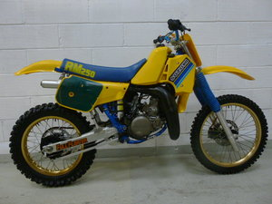 WANTED looking FOR A low hour SUZUKI RM250 1985