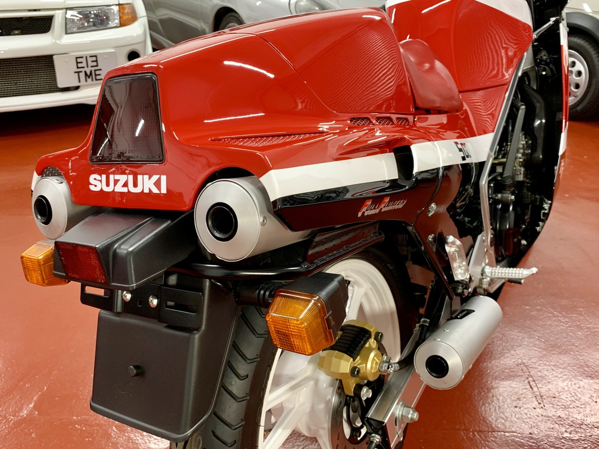 Suzuki RG500 CH 1987 // Incredible Concours Restoration For Sale (picture 3 of 6)