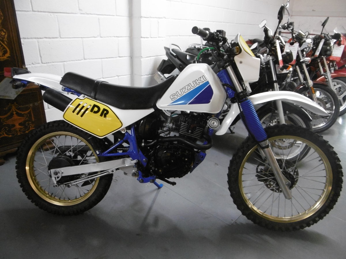 1987 Suzuki DR125 Stunning Full nut and bolt restoration  For Sale (picture 1 of 6)