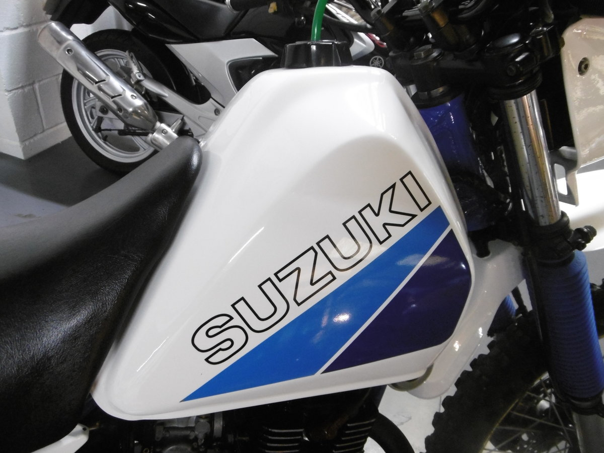 1987 Suzuki DR125 Stunning Full nut and bolt restoration  For Sale (picture 4 of 6)