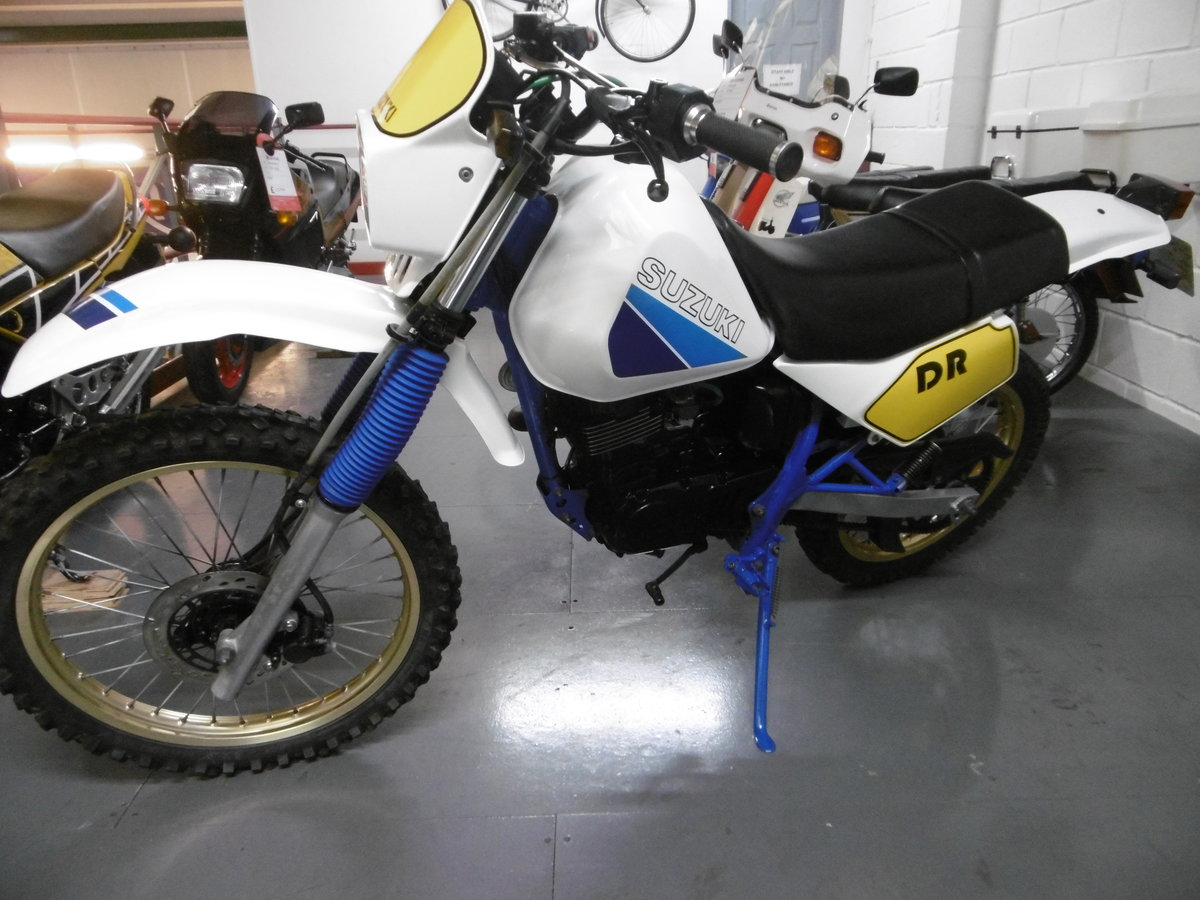 1987 Suzuki DR125 Stunning Full nut and bolt restoration  For Sale (picture 6 of 6)