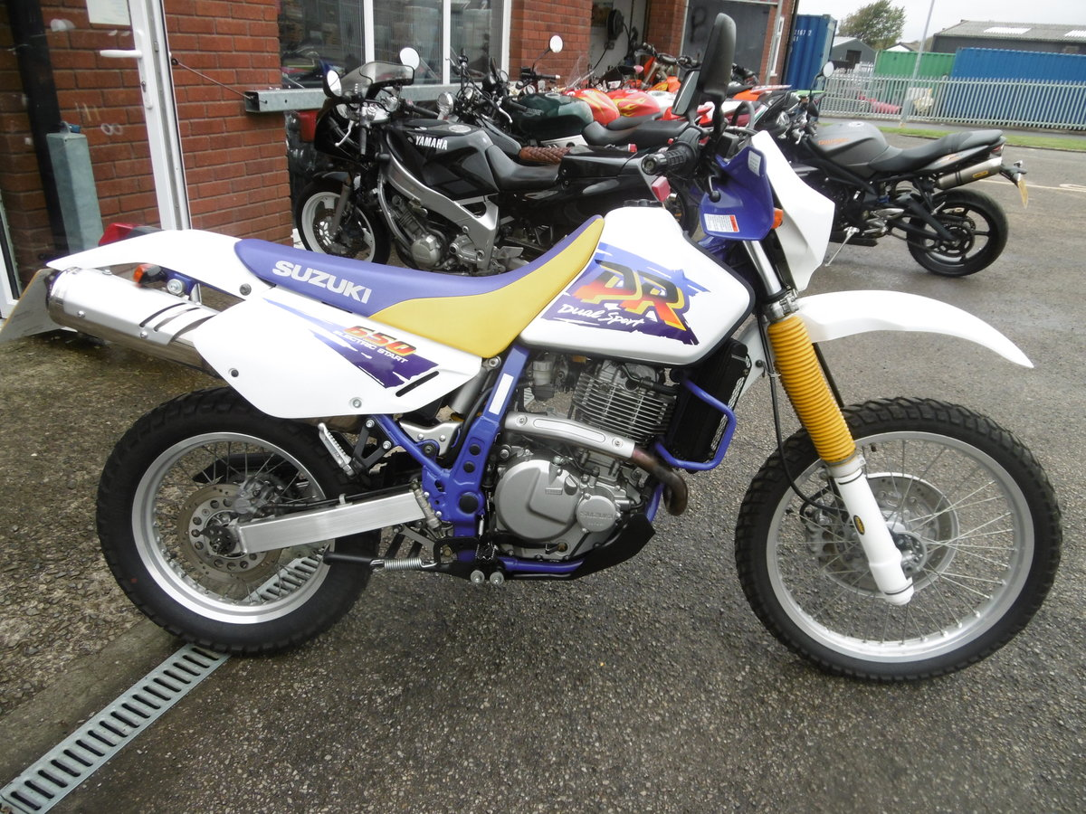 1998 Suzuki DR650SE 8500miles STUNNING and PERFECT  For Sale (picture 1 of 6)