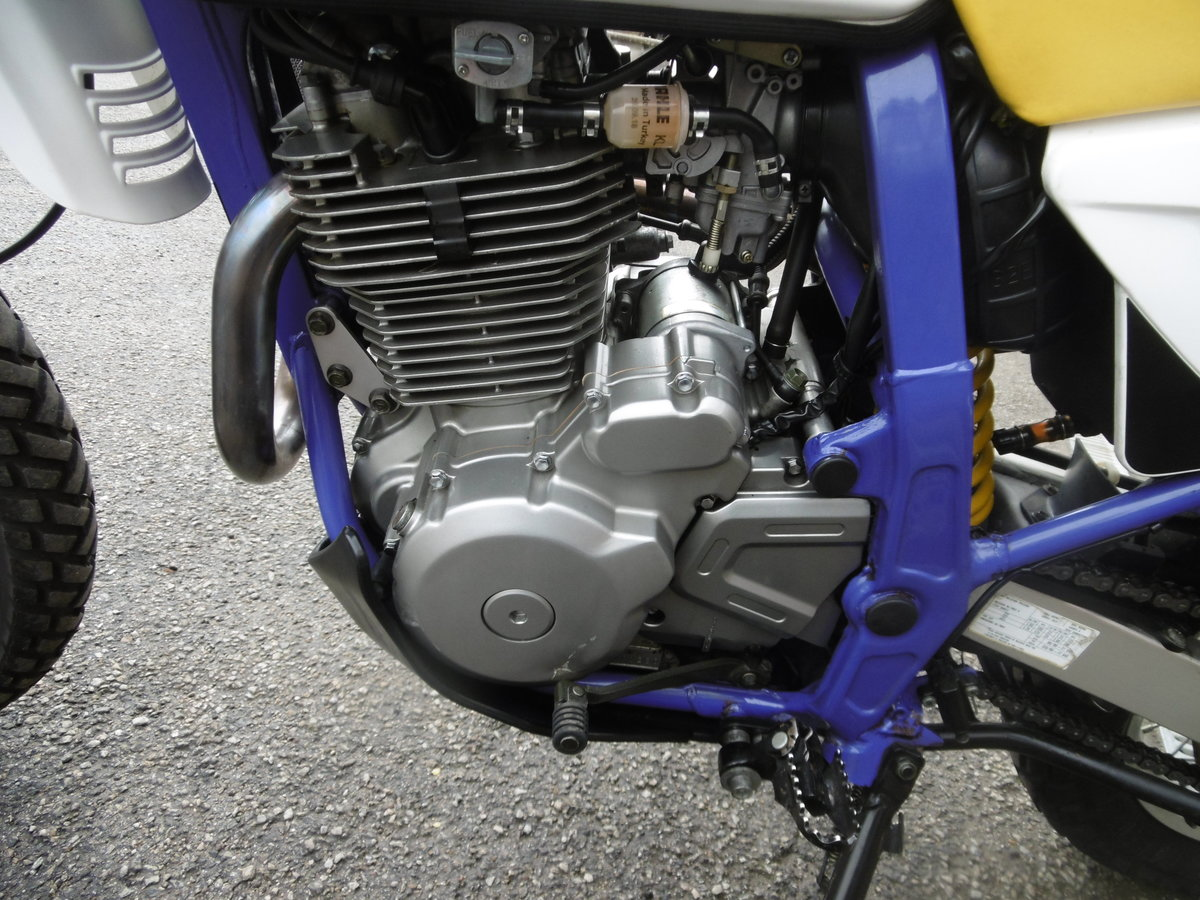 1998 Suzuki DR650SE 8500miles STUNNING and PERFECT  For Sale (picture 5 of 6)