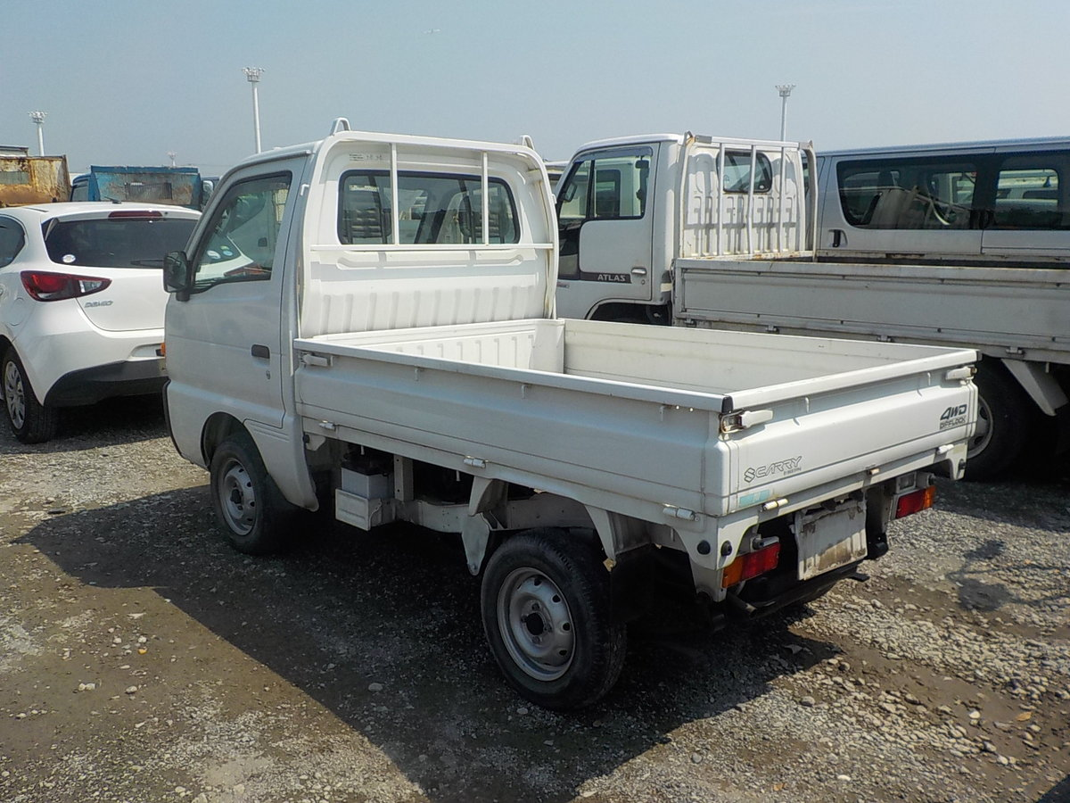1997 SUZUKI CARRY TRUCK 660CC MANUAL TIPPER 4X4 ONLY 17000 MILES For Sale (picture 2 of 5)