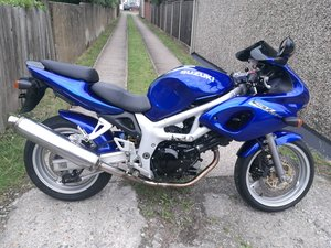 1999 Suzuki SV650s  low mlg tuned
