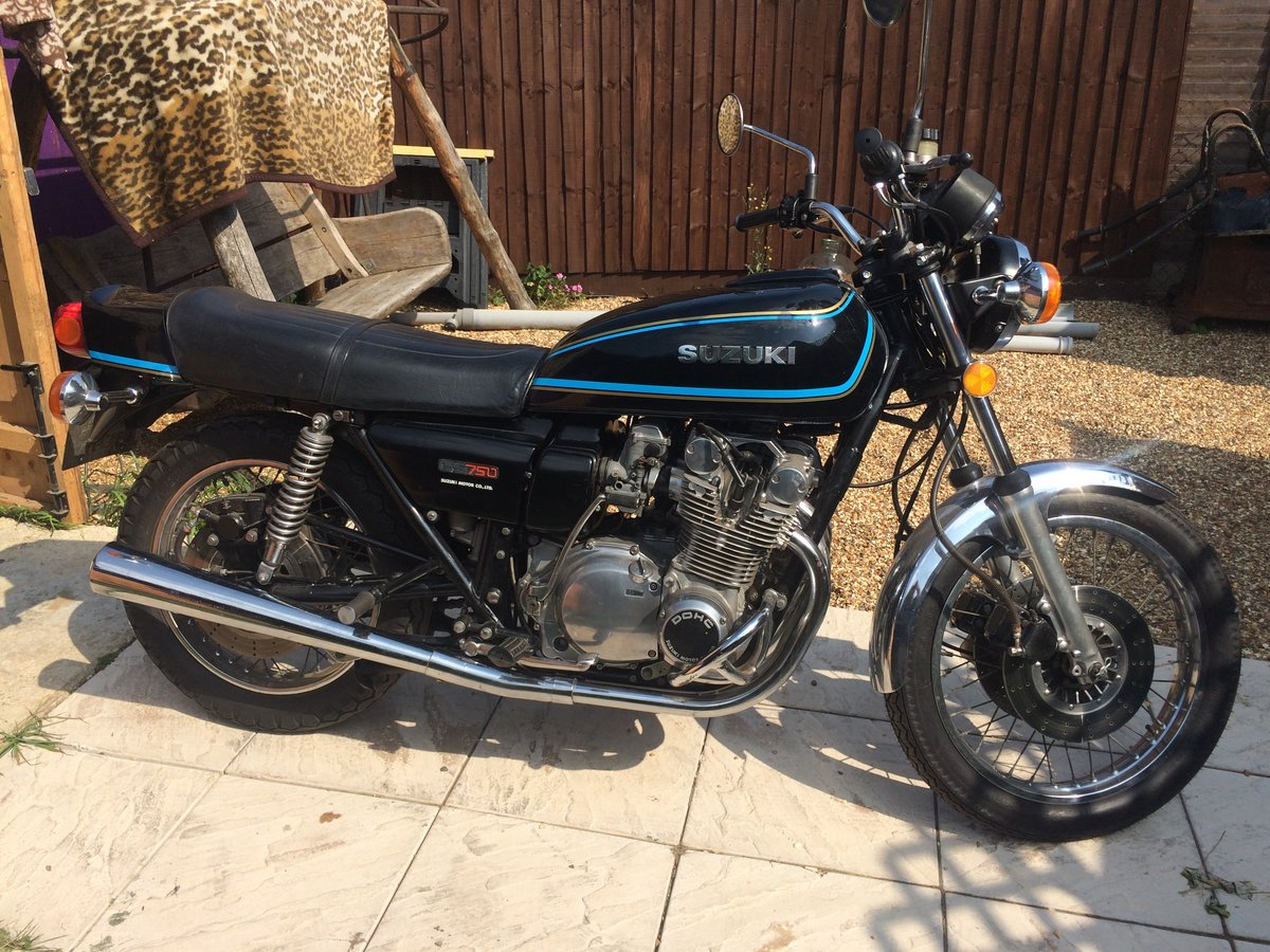 Suzuki GS 750 B 1977 one reg owner from NEW  SOLD (picture 1 of 6)