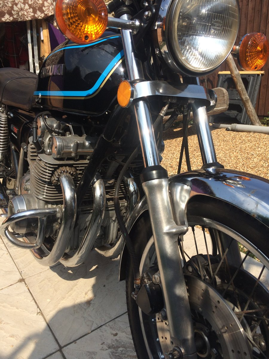 Suzuki GS 750 B 1977 one reg owner from NEW  SOLD (picture 4 of 6)
