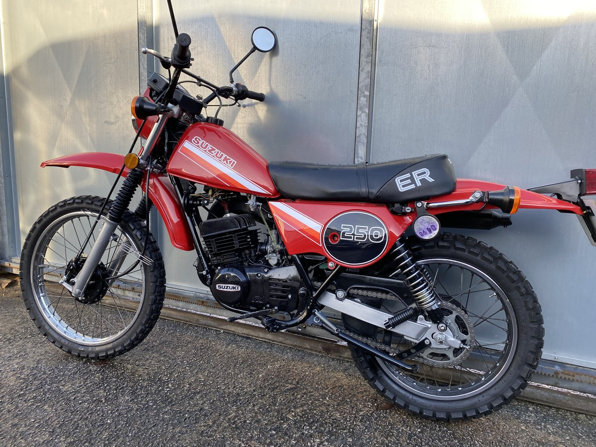 1980 SUZUKI TS 250 TS250 ER CLASSIC TRAIL BIKE OFFERS PX  For Sale (picture 4 of 6)