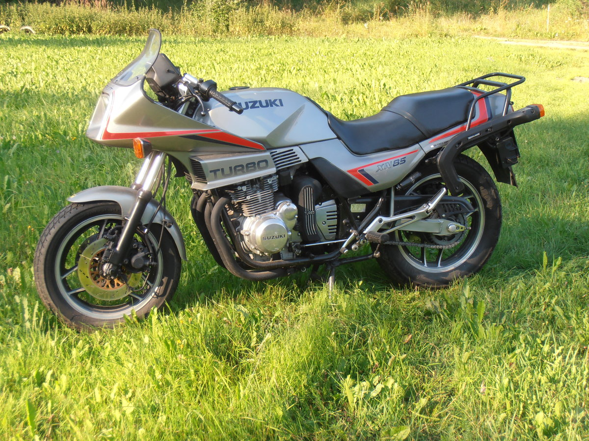 1983 Suzuki XN85 Turbo SOLD (picture 1 of 6)