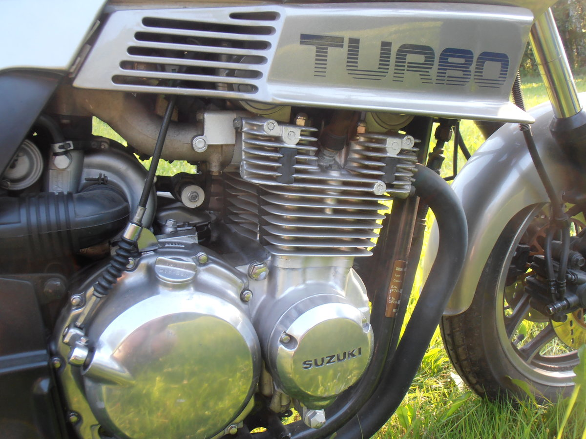 1983 Suzuki XN85 Turbo SOLD (picture 2 of 6)