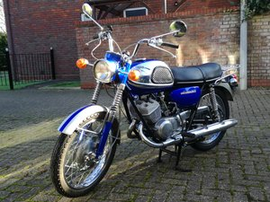 Suzuki T20 Super Six, Candy Blue, fully restored