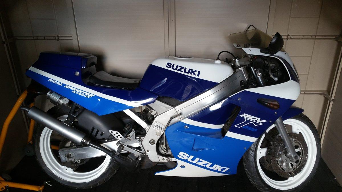 1991 Suzuki rgv250 vj21 For Sale (picture 1 of 3)