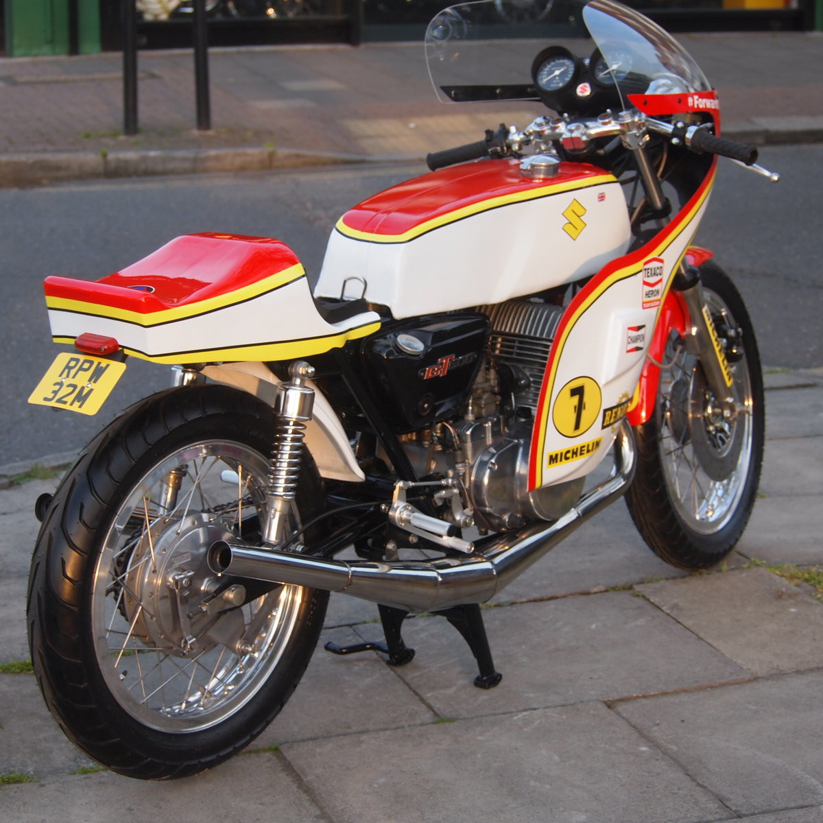 1974 Suzuki GT 500 Barry Sheene Replica Cafe Racer. SOLD (picture 2 of 6)