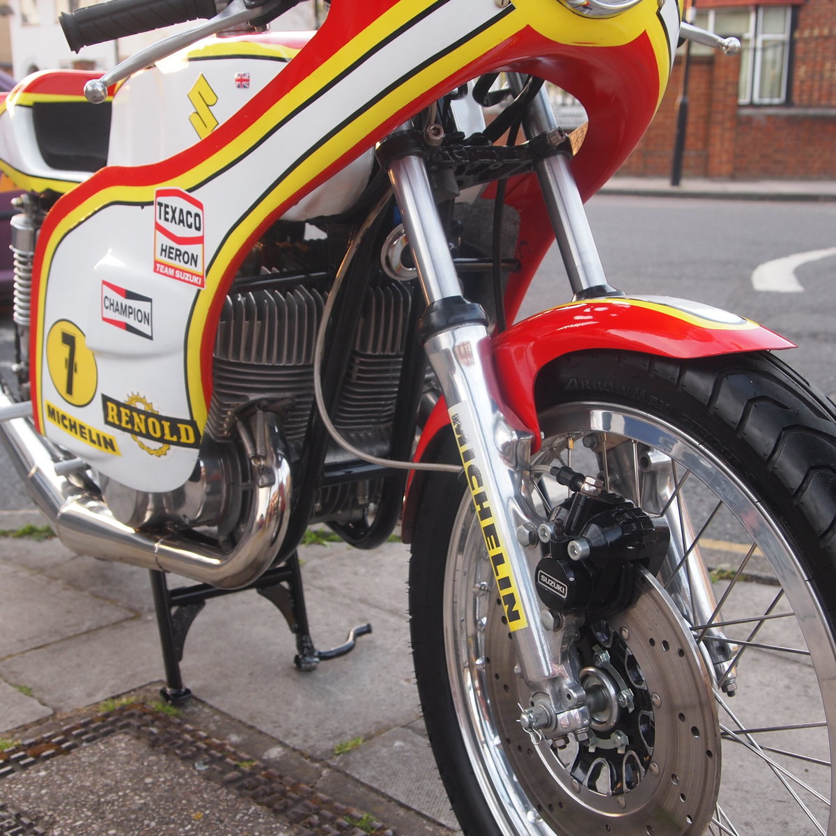 1974 Suzuki GT 500 Barry Sheene Replica Cafe Racer. SOLD (picture 4 of 6)