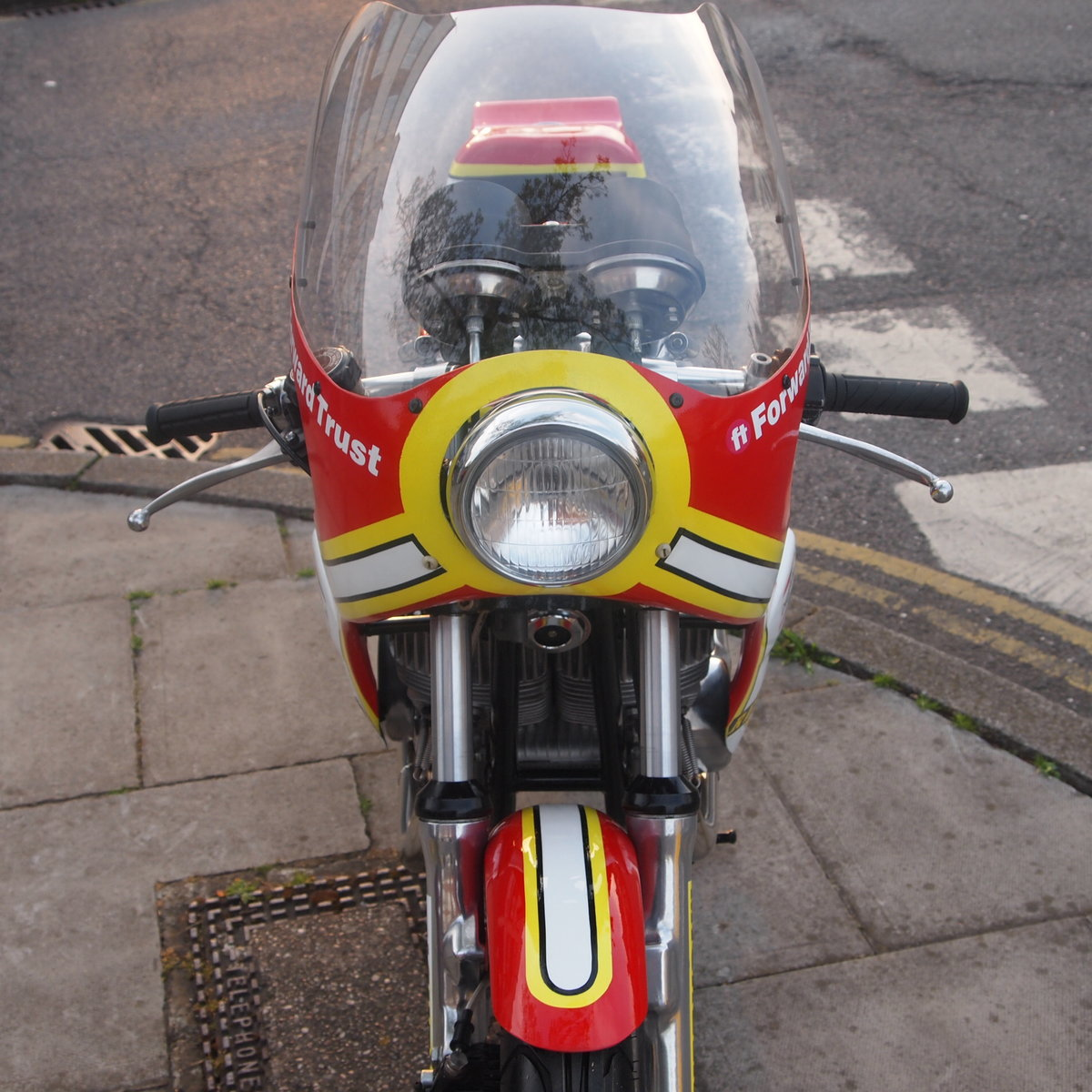 1974 Suzuki GT 500 Barry Sheene Replica Cafe Racer. SOLD (picture 5 of 6)
