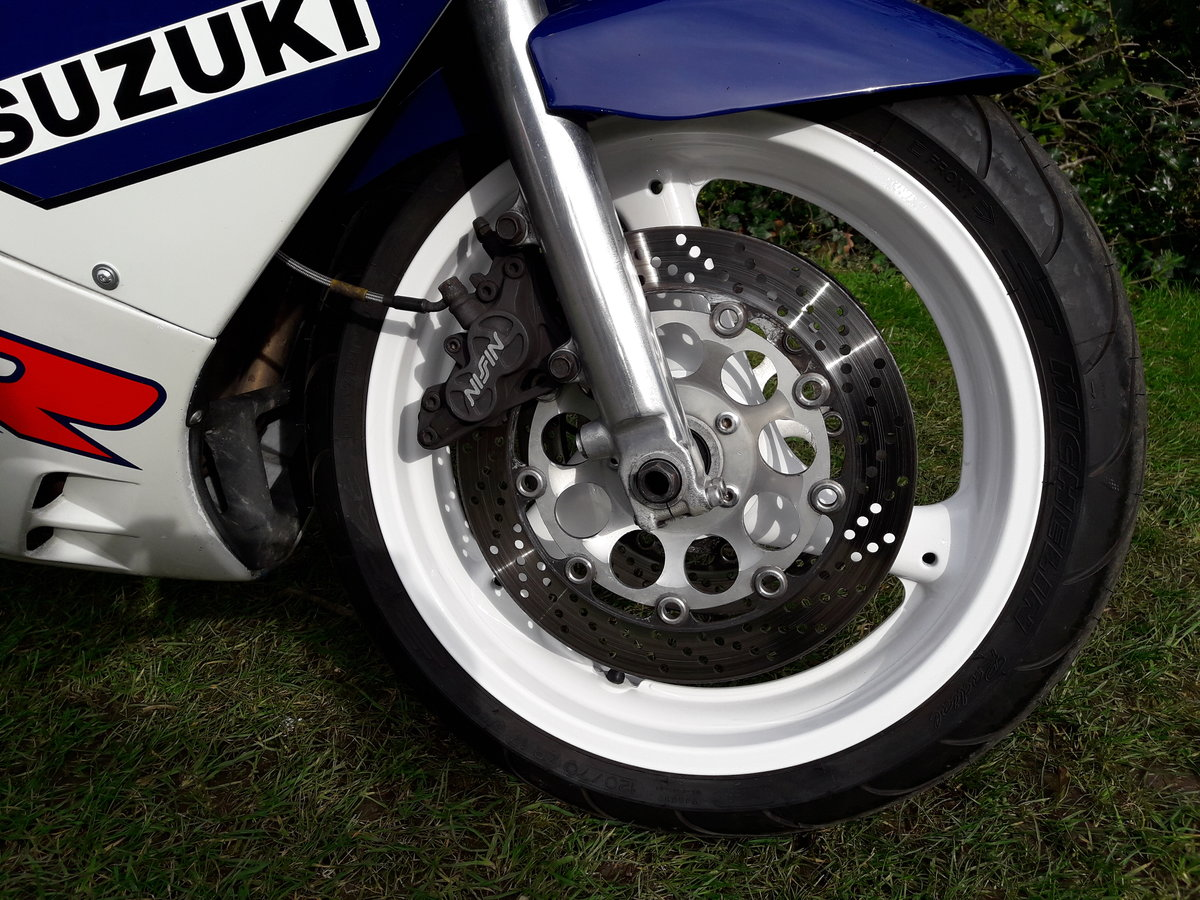 1989 Suzuki GSX-R750 Slingshot For Sale (picture 4 of 6)