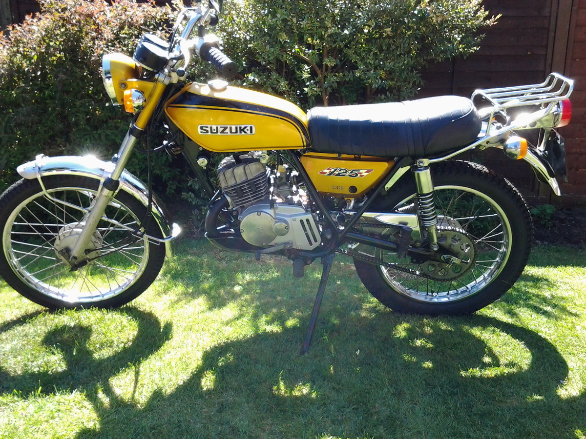 1971 Suzuki ts125r classic trail/road motorcycle SOLD (picture 2 of 6)