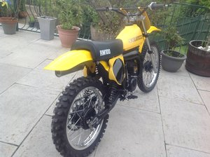 Model Suzuki rm 100 big wheel
