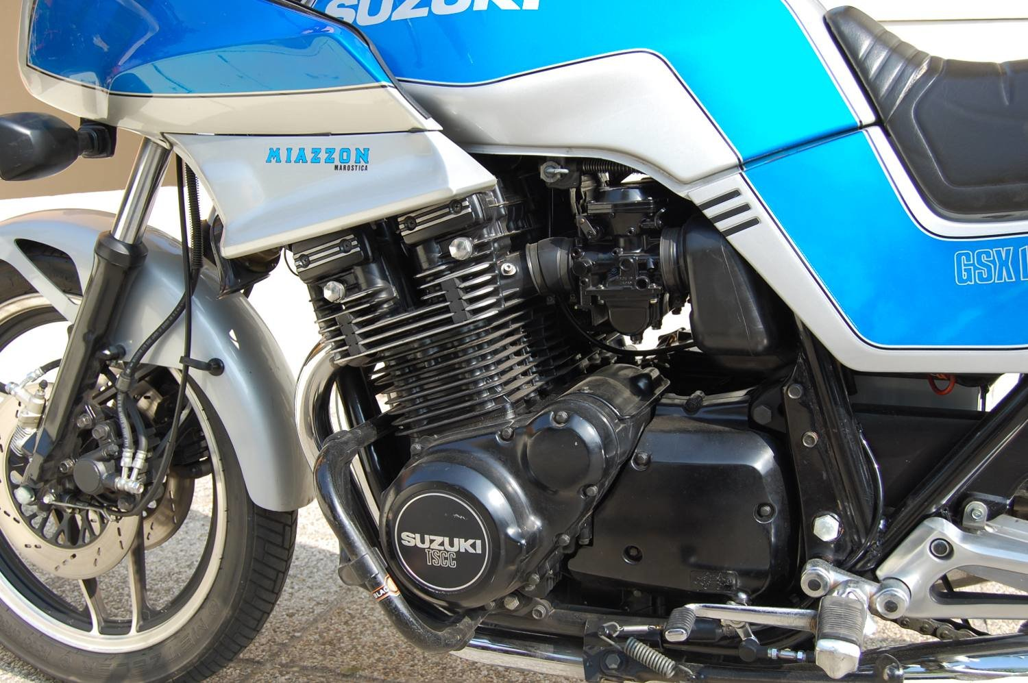1983 Suzuki GSX 1100 E For Sale (picture 3 of 4)