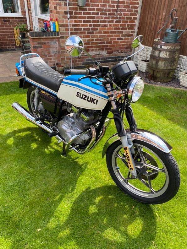 1983 Suzuki gsx 250 gt 17500 miles For Sale (picture 1 of 6)