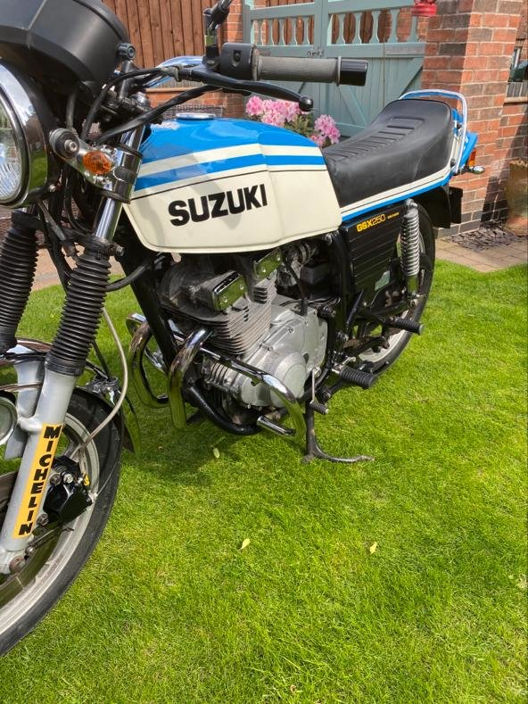 1983 Suzuki gsx 250 gt 17500 miles For Sale (picture 3 of 6)