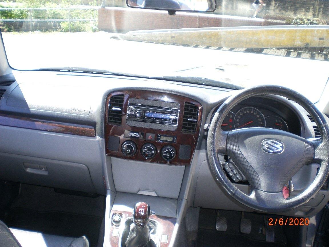 2004 Suzuki Grand Vitara 2.5 V6 Exec (Manual) For Sale (picture 5 of 6)