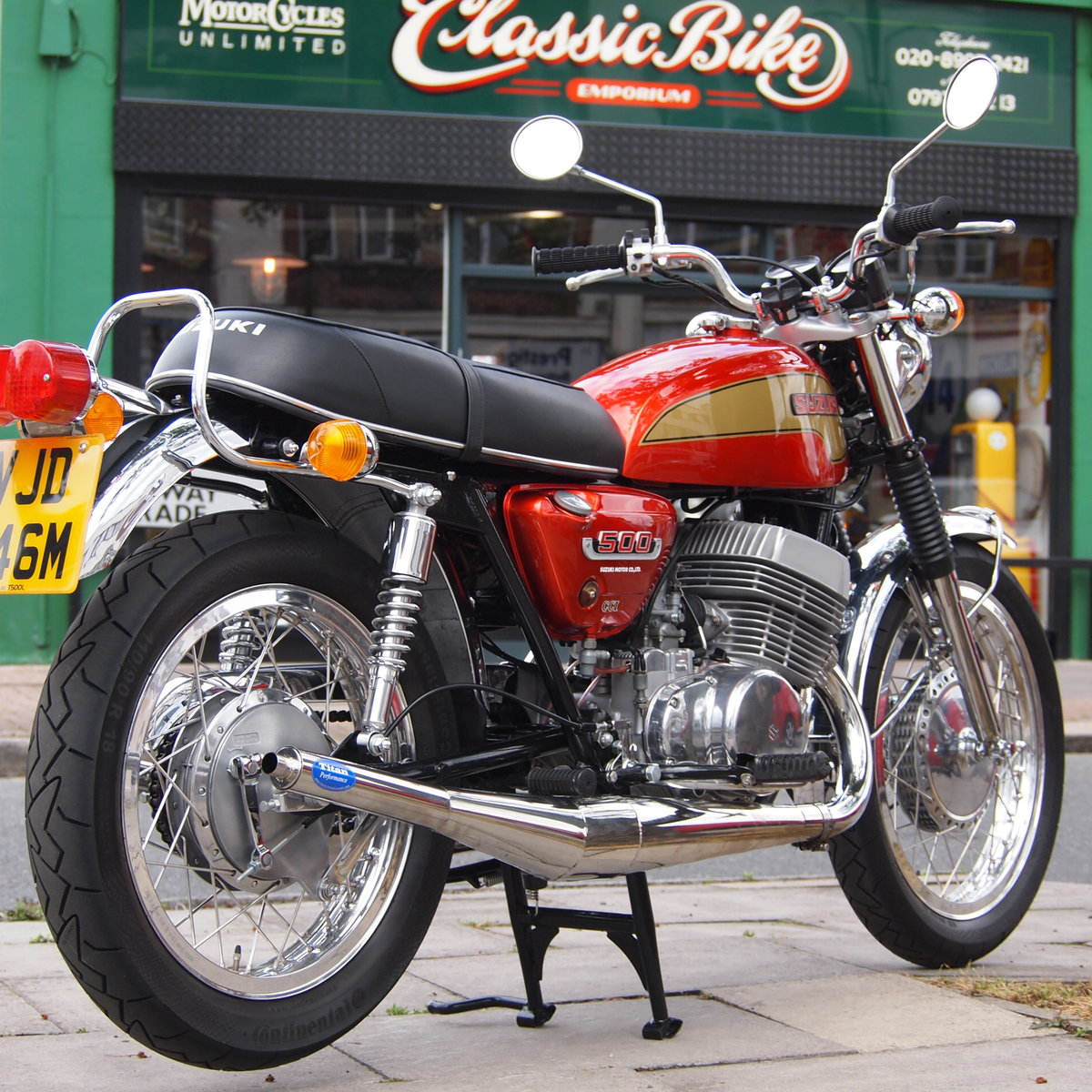 1974 Suzuki T500 In Beautiful Condition, RESERVED FOR TERRY. SOLD (picture 1 of 6)