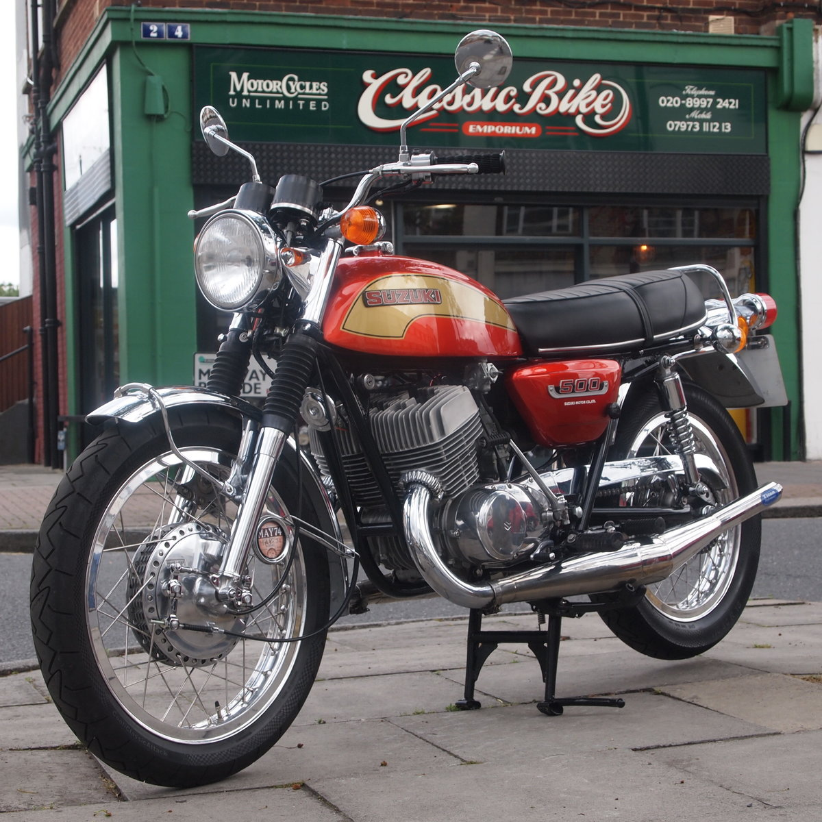 1974 Suzuki T500 In Beautiful Condition, RESERVED FOR TERRY. SOLD (picture 2 of 6)