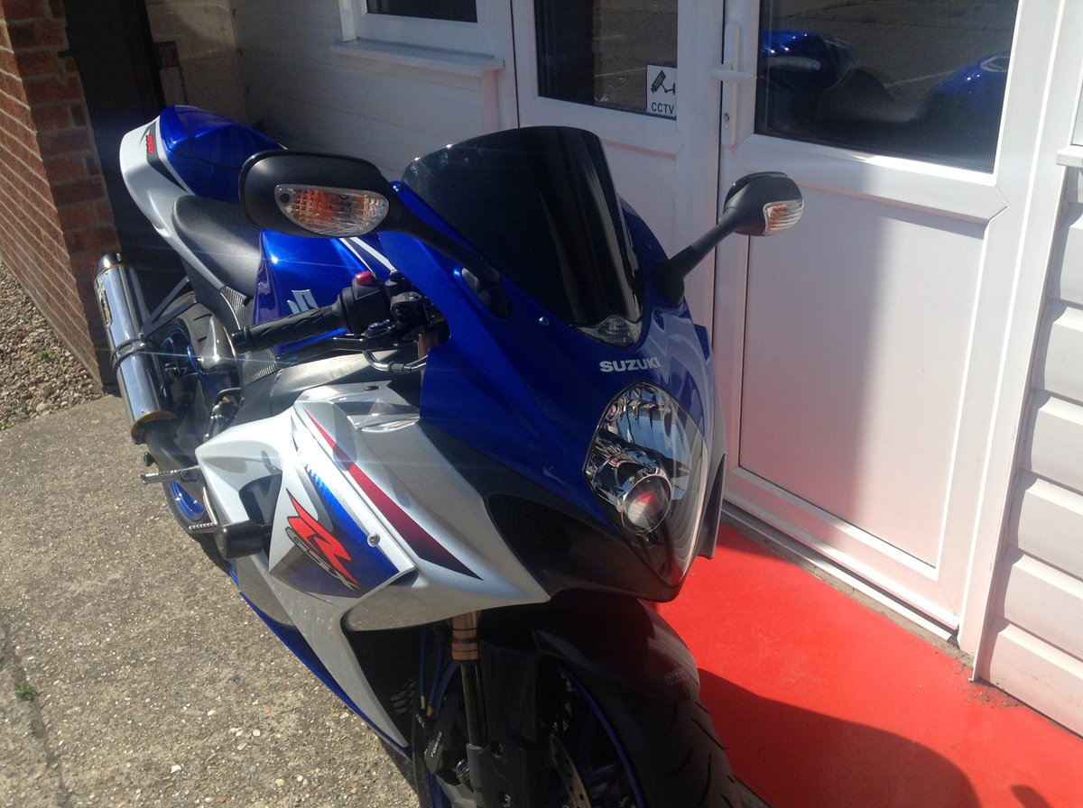 2008 GSX-R1000 Low Mileage. Woolich Racing Package For Sale (picture 3 of 6)