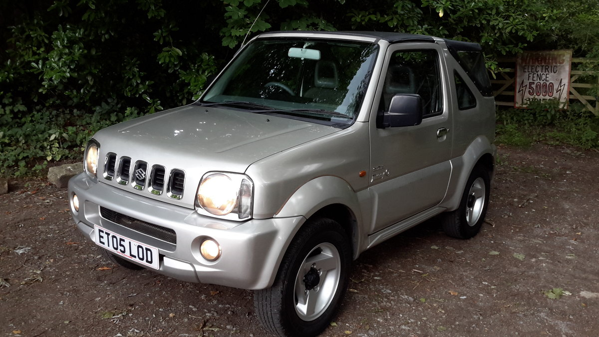 SUZUKI JIMNY O2 SOFT TOP 2005 73000 MILES PX WELCOME For Sale (picture 1 of 6)