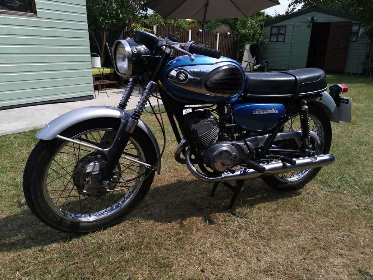 1969 Rare Suzuki t200 invader SOLD (picture 5 of 6)