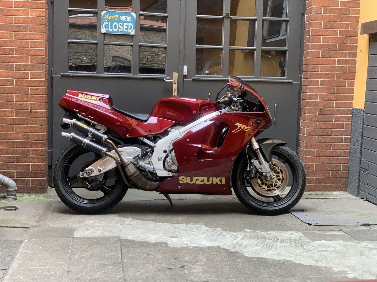 1991 Suzuki RGV250 VJ22 SOLD (picture 6 of 6)